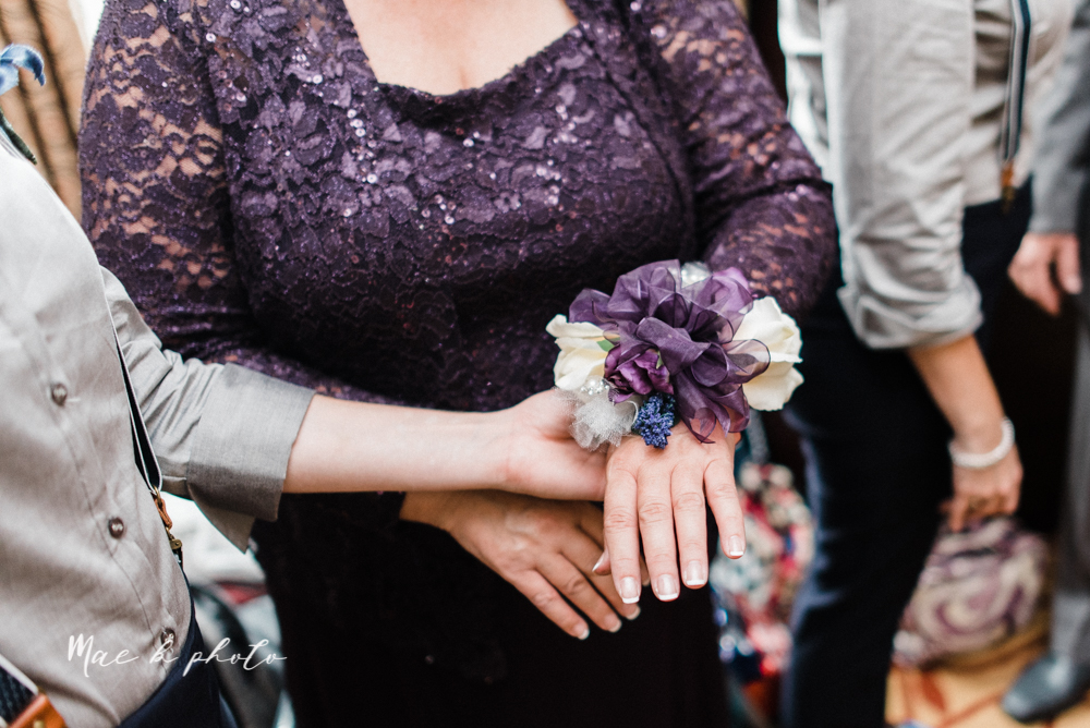 megan and angie's summer disney wedding at union tower and the hippodrome in warren ohio photographed by youngstown wedding photographer mae b photo-28.jpg