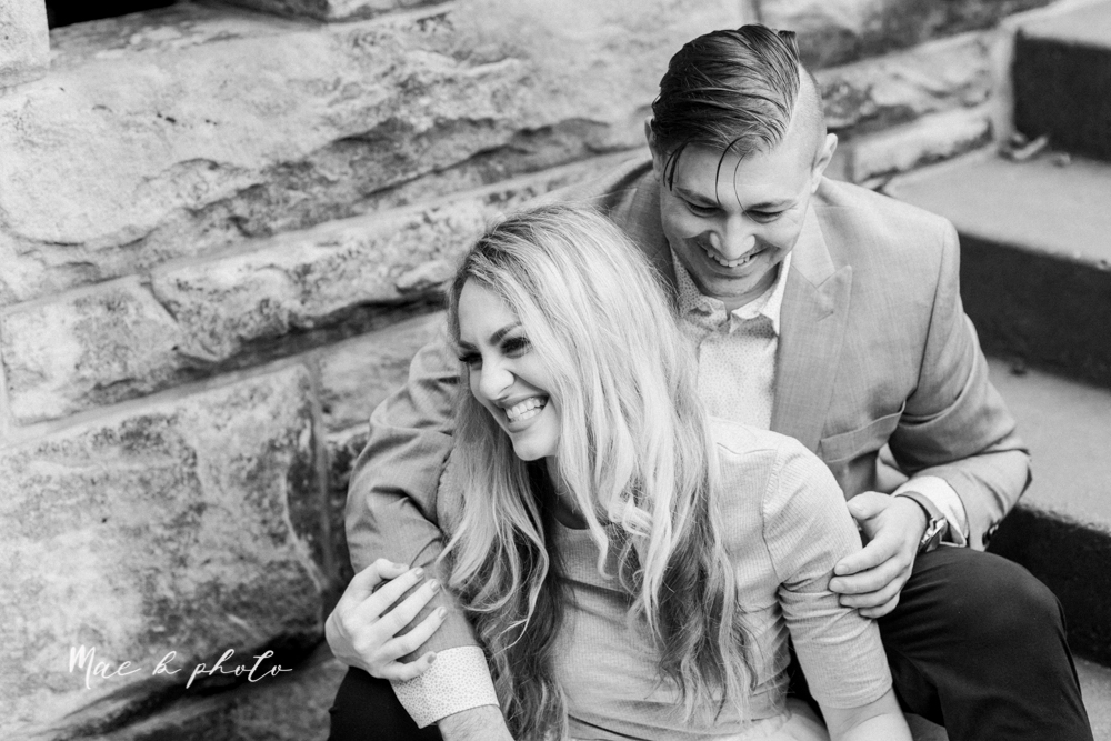 courtney and andy's vintage fall engagement session in mill creek park at pioneer pavilion and lake glacier in youngstown ohio photographed by youngstown wedding photographer mae b photo-27.jpg