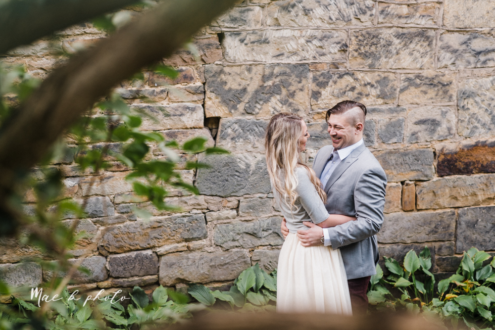 courtney and andy's vintage fall engagement session in mill creek park at pioneer pavilion and lake glacier in youngstown ohio photographed by youngstown wedding photographer mae b photo-22.jpg
