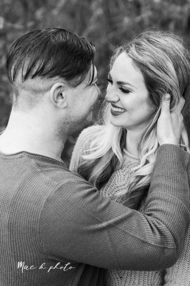 courtney and andy's vintage fall engagement session in mill creek park at pioneer pavilion and lake glacier in youngstown ohio photographed by youngstown wedding photographer mae b photo-45.jpg