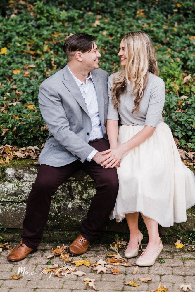 courtney and andy's vintage fall engagement session in mill creek park at pioneer pavilion and lake glacier in youngstown ohio photographed by youngstown wedding photographer mae b photo-11.jpg