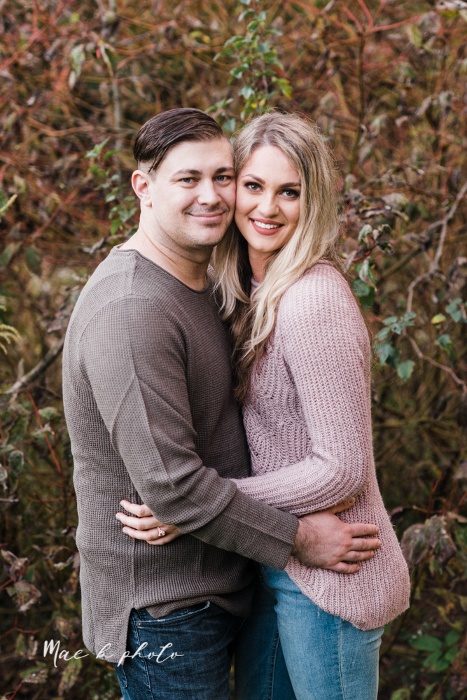courtney and andy's vintage fall engagement session in mill creek park at pioneer pavilion and lake glacier in youngstown ohio photographed by youngstown wedding photographer mae b photo-42.jpg