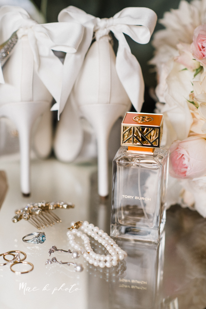 casey and matt's big fun italian fall wedding at st robert's church in cortland ohio and avion on the water in youngstown ohio and fellows riverside gardens in mill creek park photographed by youngstown wedding photographer mae b photo -51.jpg