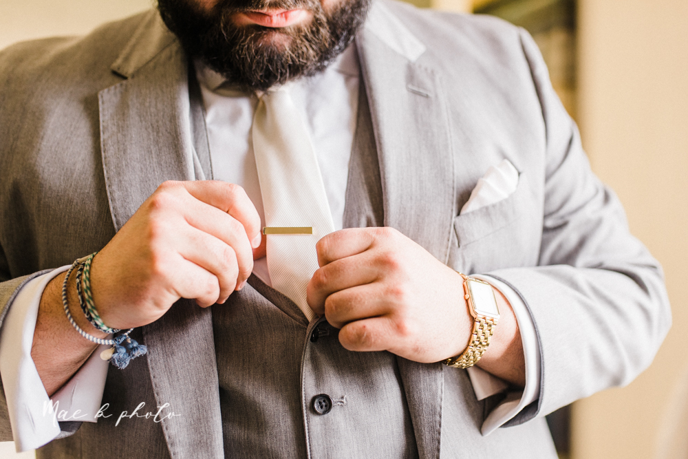 casey and matt's big fun italian fall wedding at st robert's church in cortland ohio and avion on the water in youngstown ohio and fellows riverside gardens in mill creek park photographed by youngstown wedding photographer mae b photo -15.jpg