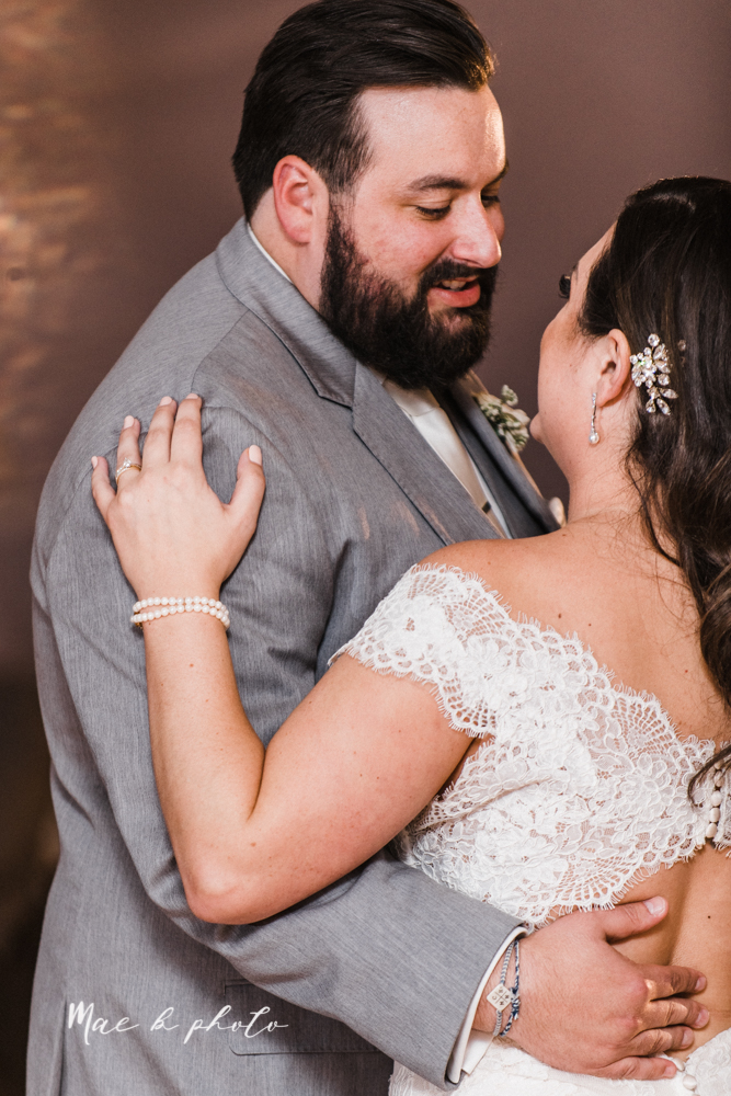 casey and matt's big fun italian fall wedding at st robert's church in cortland ohio and avion on the water in youngstown ohio and fellows riverside gardens in mill creek park photographed by youngstown wedding photographer mae b photo -185.jpg
