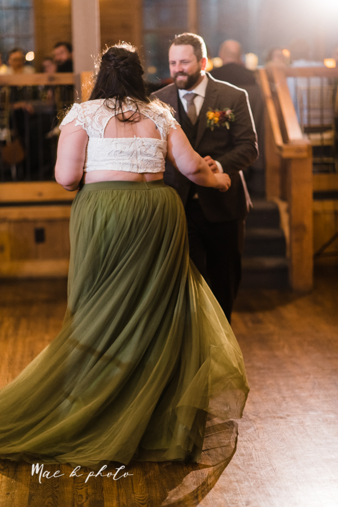 kaitlin and brad's offbeat winter harry potter the hobbit lord of the rings themed wedding at mapleside lodge in brunswick ohio photographed by youngstown wedding photographer mae b photo-144.jpg