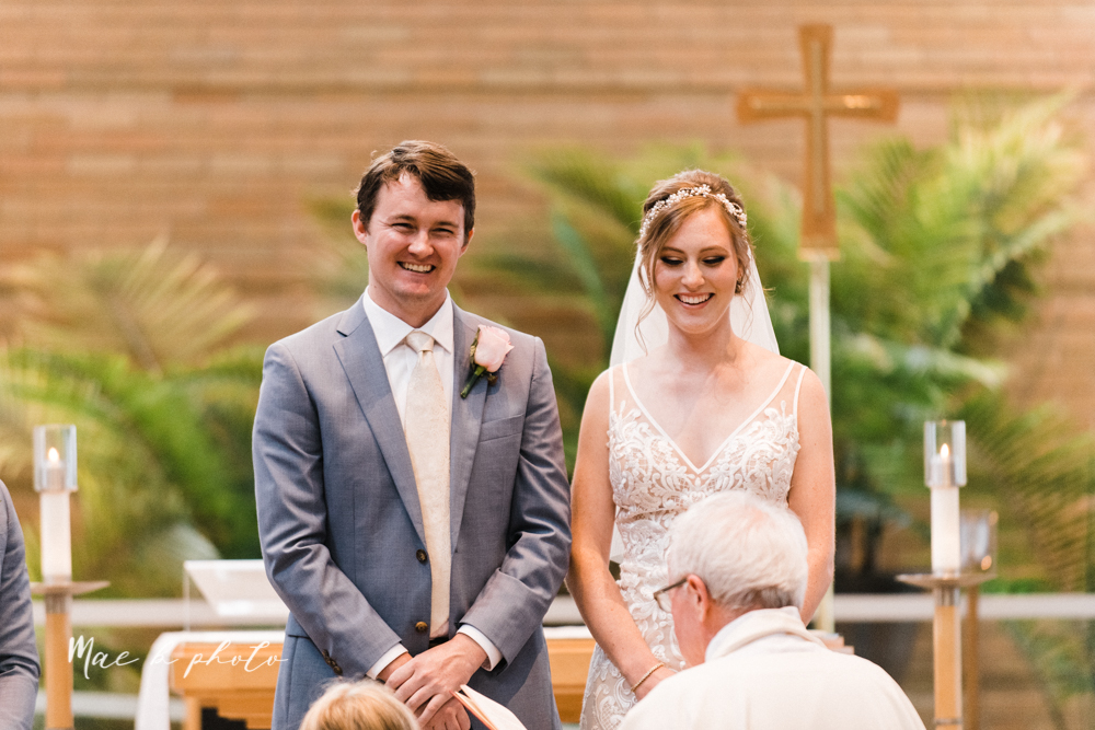 christina and michael's baseball themed midwest wedding at drake's landing and river's fellowside gardens in mill creek park in  youngstown ohio and holy family parish in poland ohio photographed by youngstown wedding photographer mae b photo-34.jpg