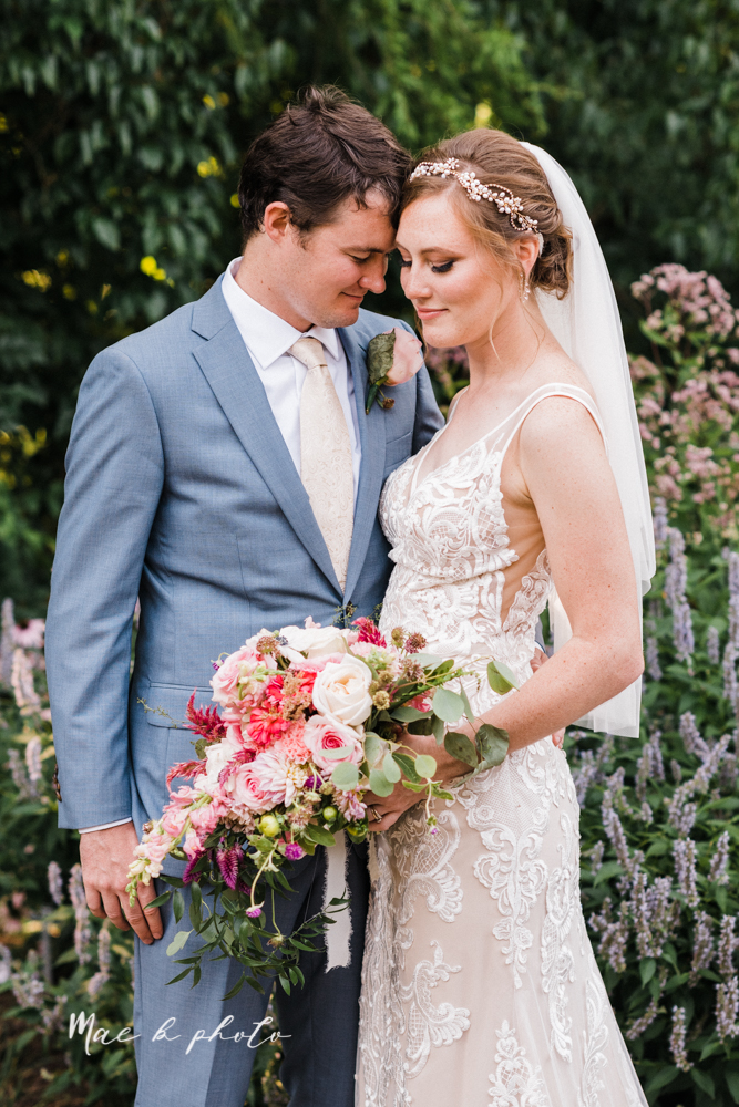 christina and michael's baseball themed midwest wedding at drake's landing and river's fellowside gardens in mill creek park in  youngstown ohio and holy family parish in poland ohio photographed by youngstown wedding photographer mae b photo-72.jpg