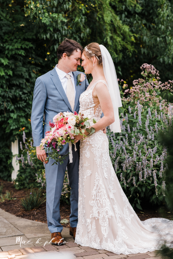 christina and michael's baseball themed midwest wedding at drake's landing and river's fellowside gardens in mill creek park in  youngstown ohio and holy family parish in poland ohio photographed by youngstown wedding photographer mae b photo-71.jpg