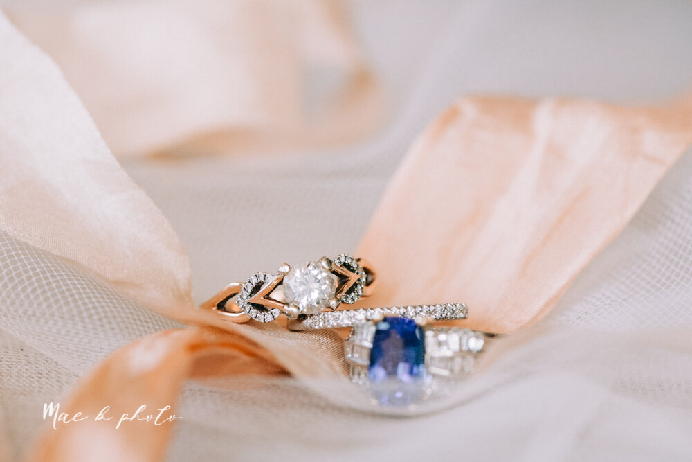kirsten and noll's elegant unique country club summer wedding at the lake club in poland ohio photographed by youngstown wedding photographer mae b photo-18.jpg