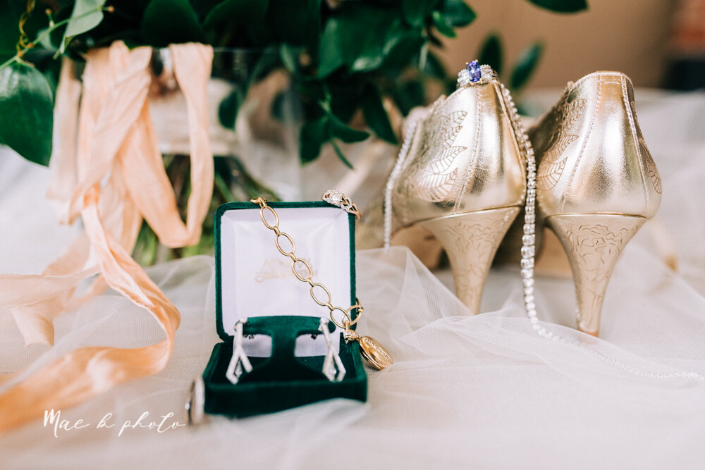 kirsten and noll's elegant unique country club summer wedding at the lake club in poland ohio photographed by youngstown wedding photographer mae b photo-16.jpg