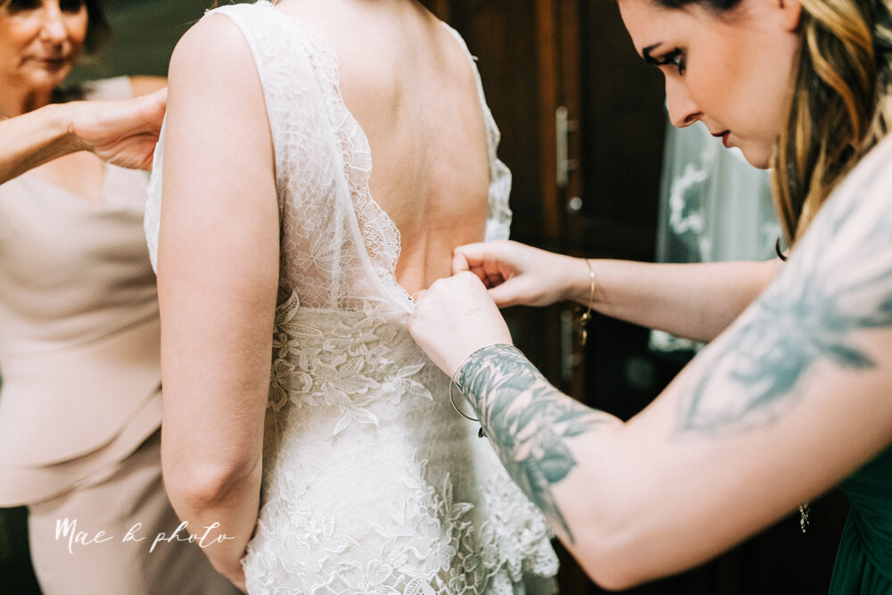 kirsten and noll's elegant unique country club summer wedding at the lake club in poland ohio photographed by youngstown wedding photographer mae b photo-30.jpg