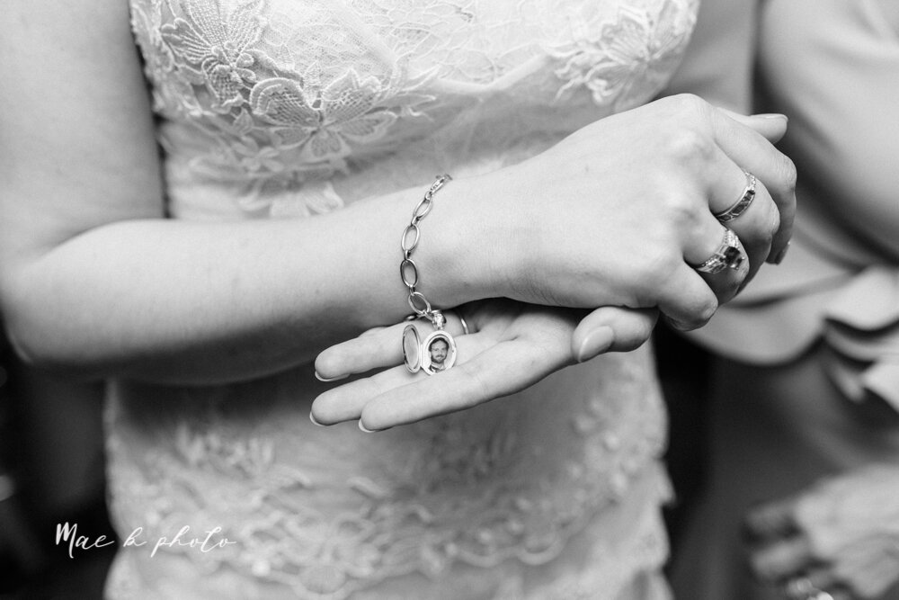 kirsten and noll's elegant unique country club summer wedding at the lake club in poland ohio photographed by youngstown wedding photographer mae b photo-37.jpg