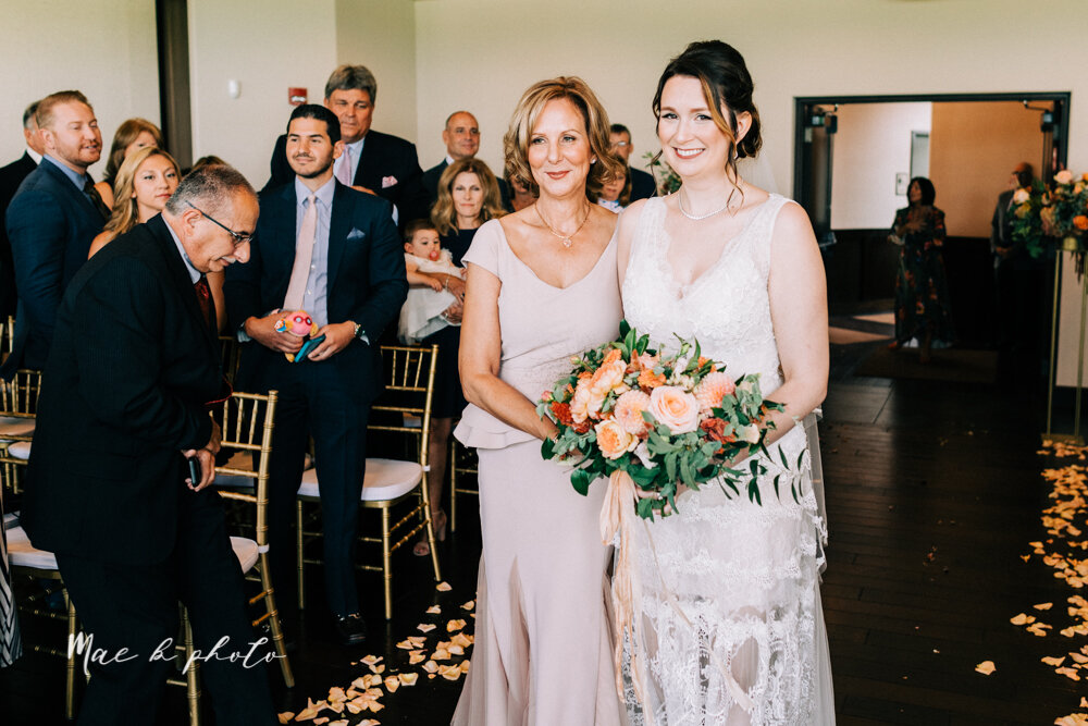 kirsten and noll's elegant unique country club summer wedding at the lake club in poland ohio photographed by youngstown wedding photographer mae b photo-51.jpg