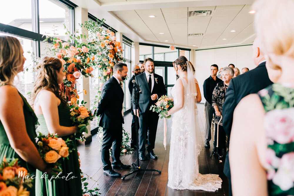 kirsten and noll's elegant unique country club summer wedding at the lake club in poland ohio photographed by youngstown wedding photographer mae b photo-53.jpg