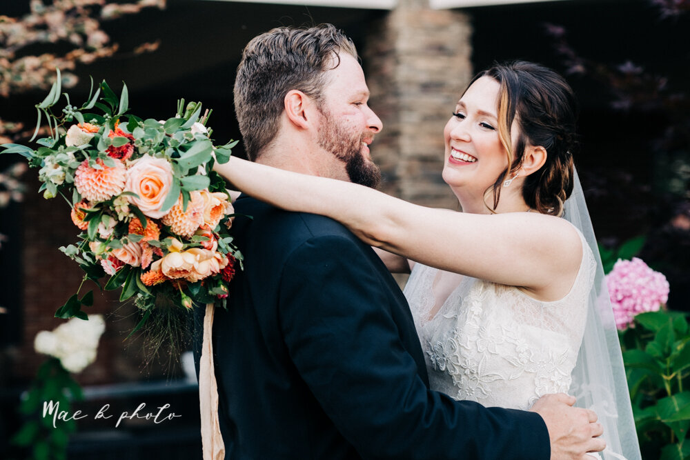 kirsten and noll's elegant unique country club summer wedding at the lake club in poland ohio photographed by youngstown wedding photographer mae b photo-92.jpg