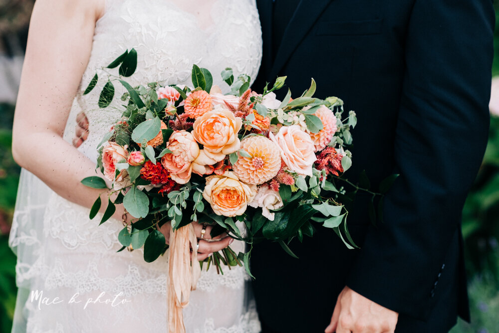 kirsten and noll's elegant unique country club summer wedding at the lake club in poland ohio photographed by youngstown wedding photographer mae b photo-96.jpg