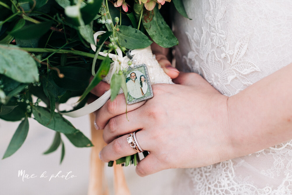 kirsten and noll's elegant unique country club summer wedding at the lake club in poland ohio photographed by youngstown wedding photographer mae b photo-110.jpg