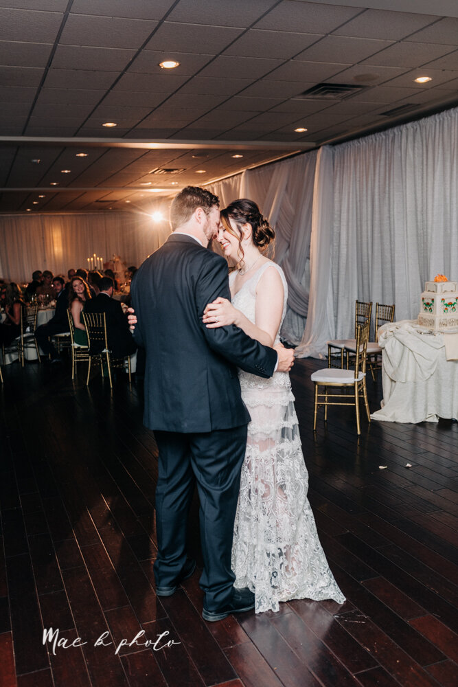 kirsten and noll's elegant unique country club summer wedding at the lake club in poland ohio photographed by youngstown wedding photographer mae b photo-119.jpg