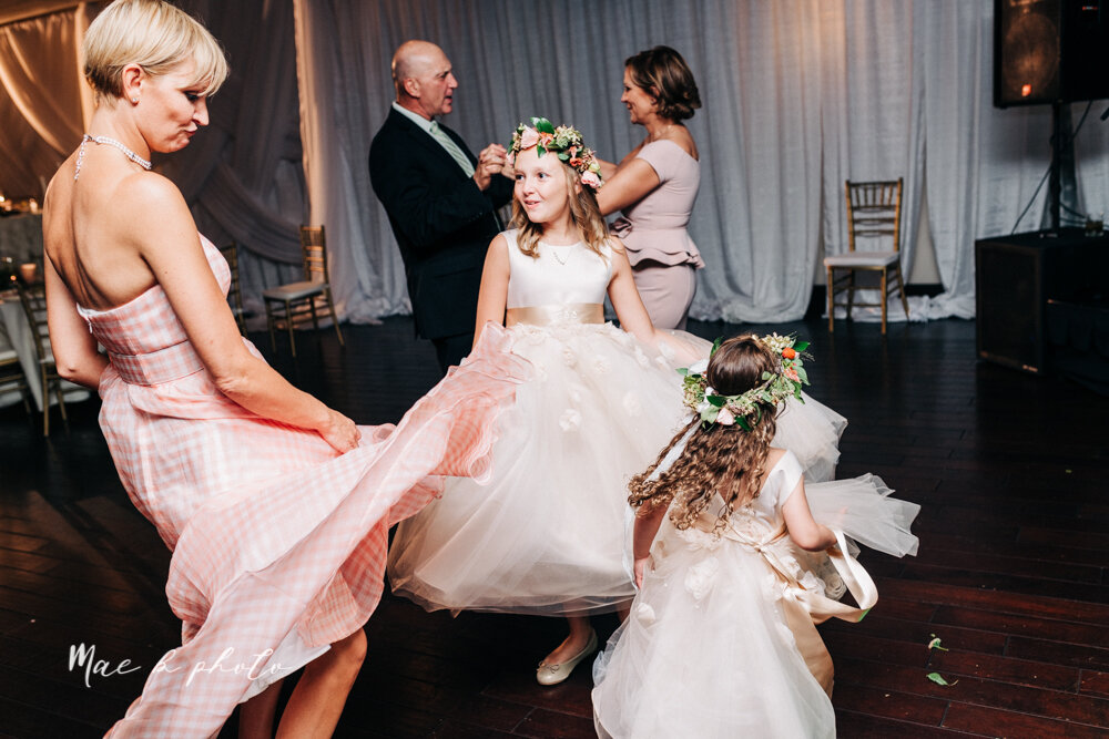 kirsten and noll's elegant unique country club summer wedding at the lake club in poland ohio photographed by youngstown wedding photographer mae b photo-128.jpg