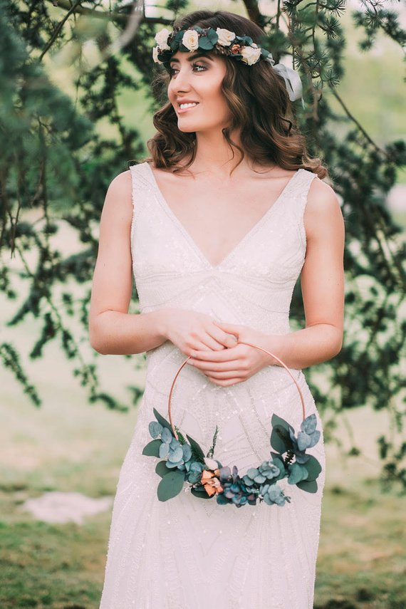alternative bridesmaids wreath