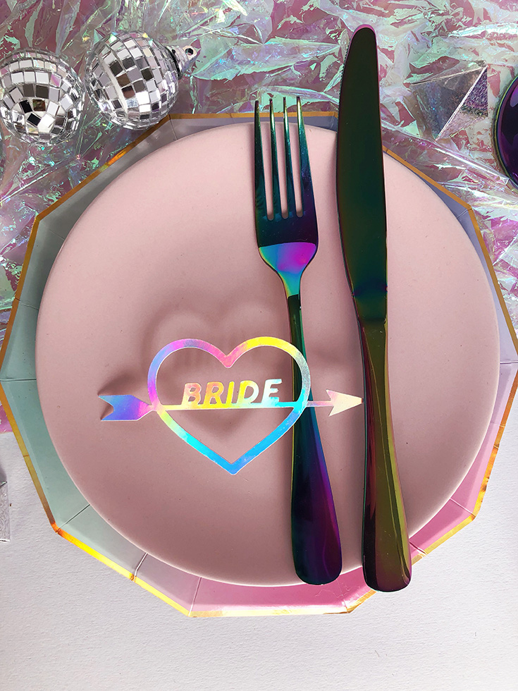 Ideas for wedding place settings - iridescent wedding place cards