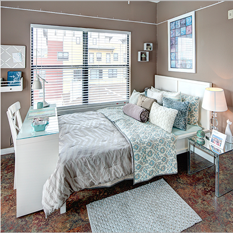 2/2 - $800 per Room - Reduced Deposit   Austin, Texas 78705  1005 square feet