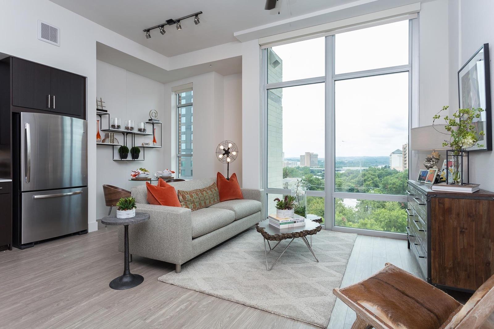 Downtown austin apartments condos Pure apartment locating.jpg.jpeg