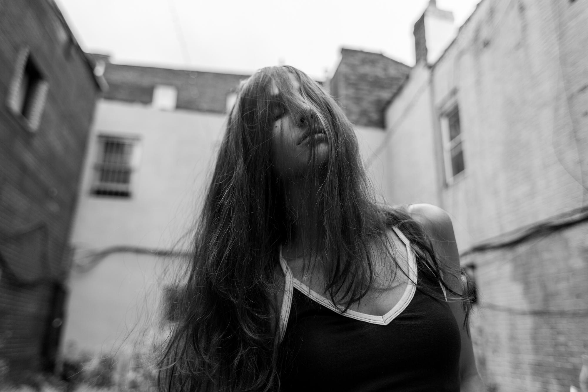 VICTORIA ROSE -