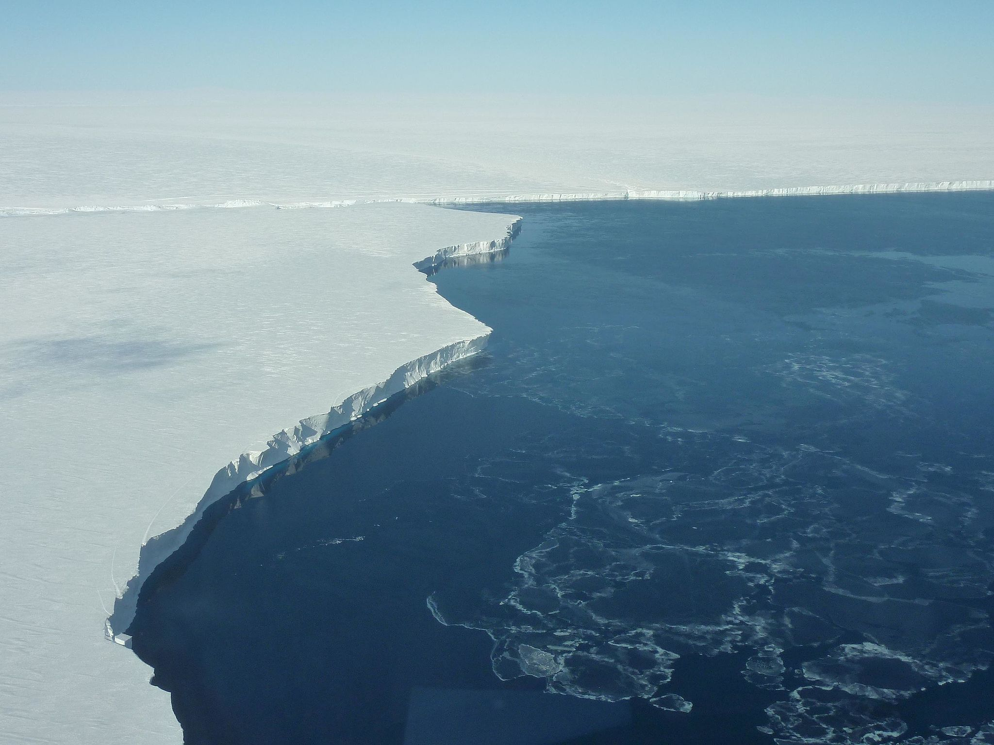 Photo caption: Getz Ice Shelf, Antarctica (source:  http://www.nasa.gov/mission_pages/icebridge/multimedia/fall10/GetzIceShelf.html )