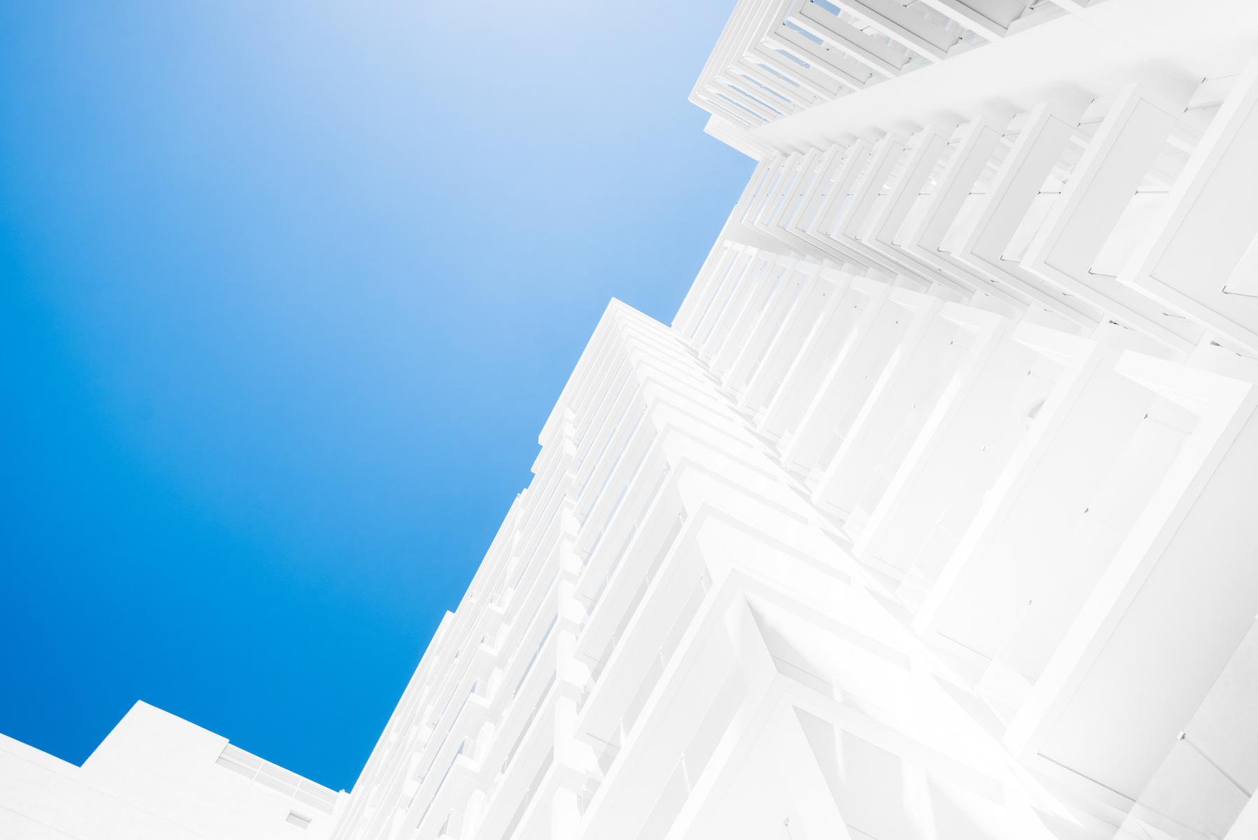 dubai-minimalist-building-architecture-thomas-drouault-portfolio.jpg