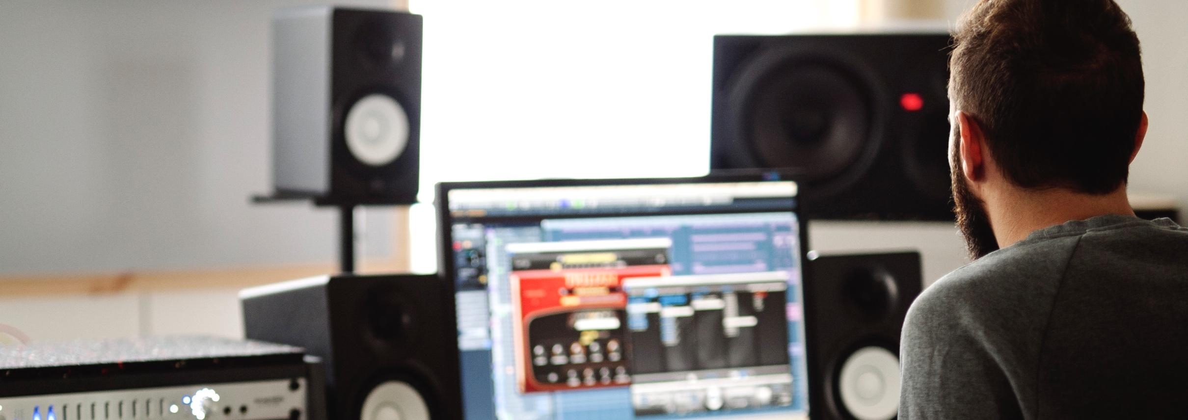 Studio 2 - Regie Böse Katze