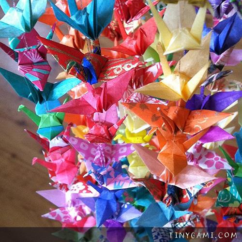 tinygami-origami-1000-paper-cranes.jpg