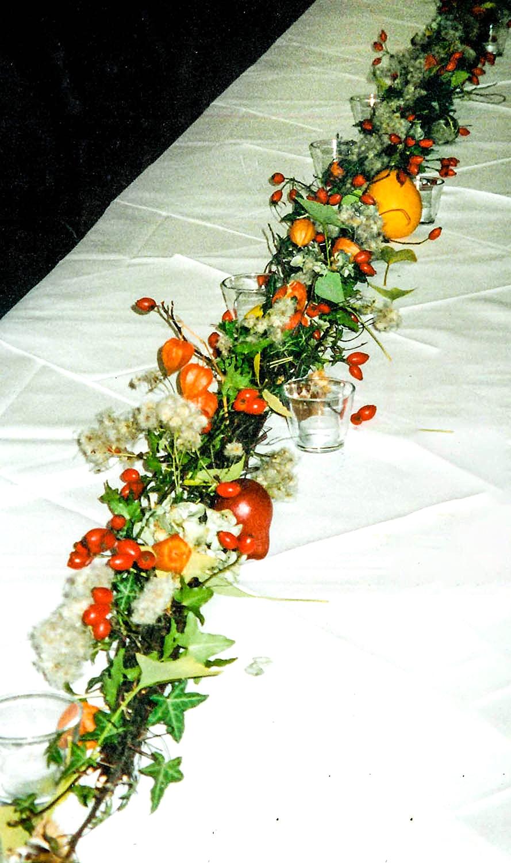Tischschmuck Herbstgirlande