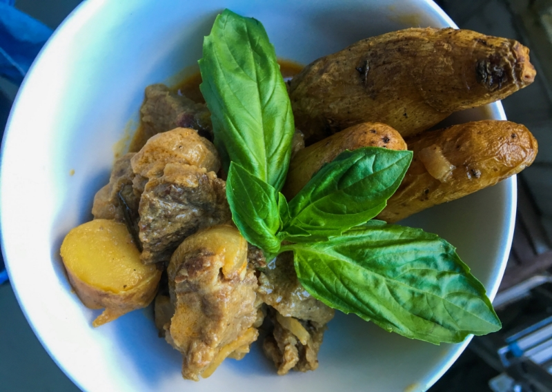 Beef Yellow Curry with Fingerling Potato's & Carrots