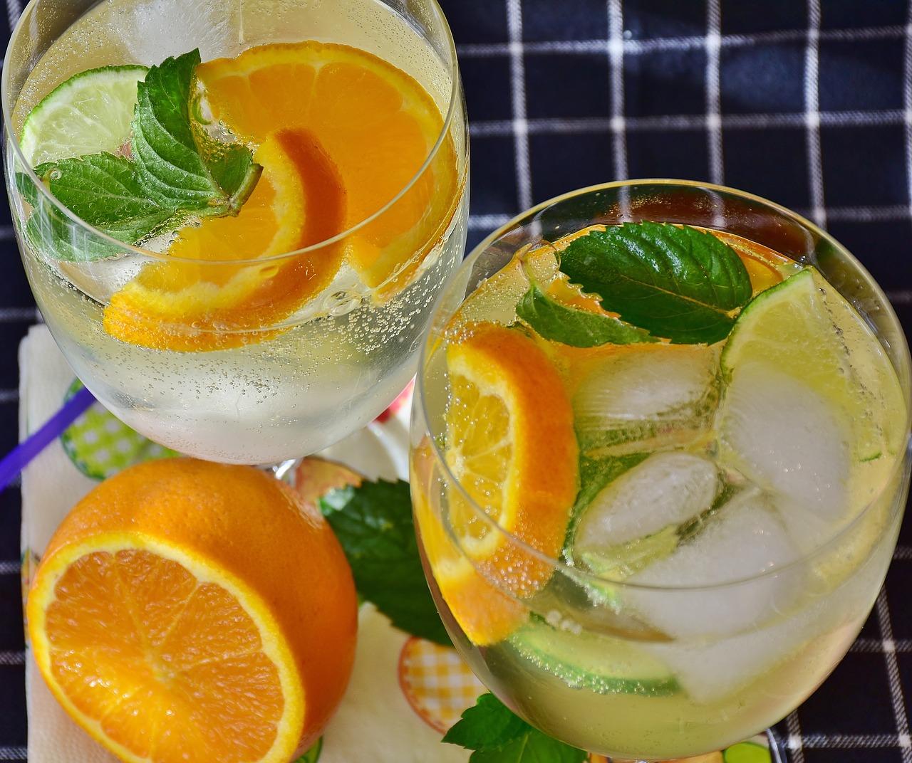 cocktail-2387066_1280.jpg