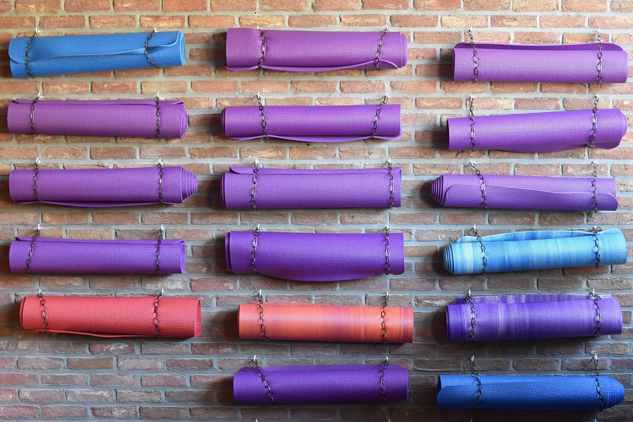 yoga-mat-1743203_1280.jpg