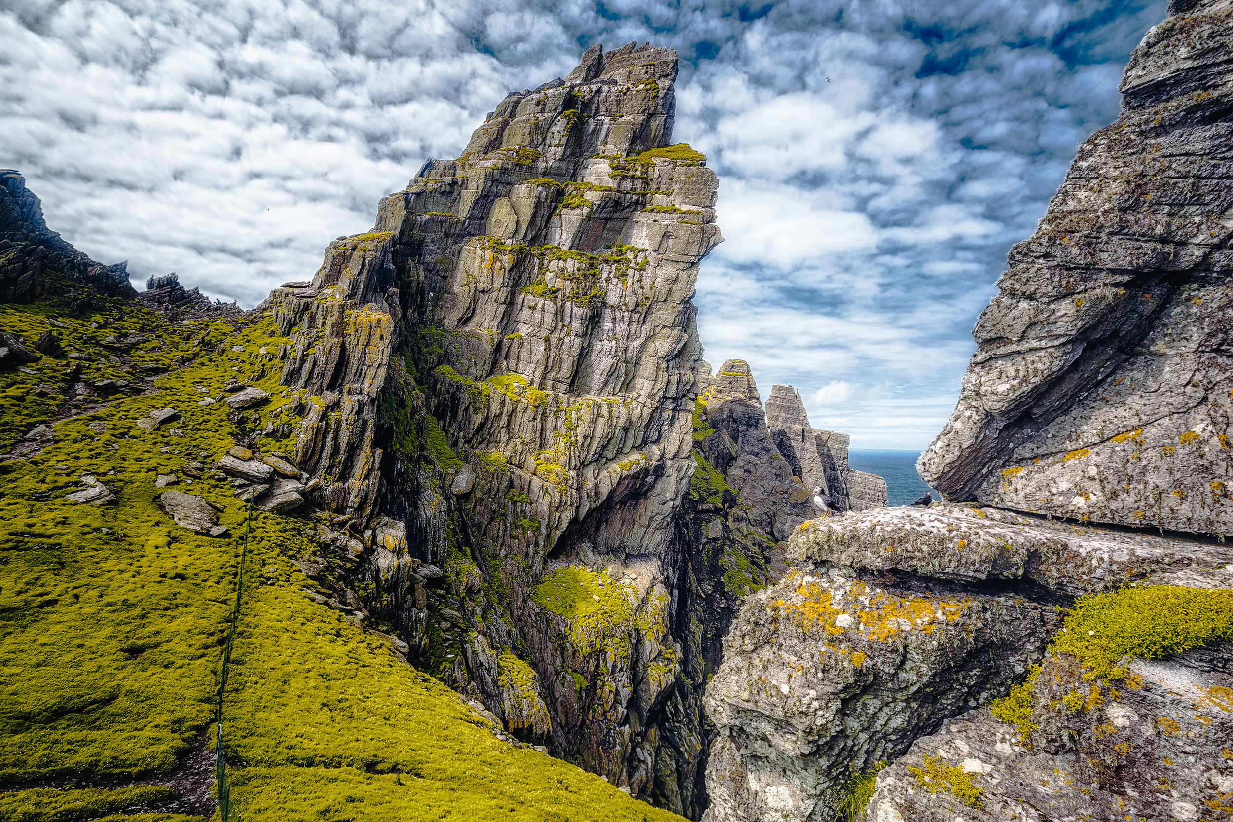 the-skellig-islands-are-a-stunningly-beautiful-location-on-the-wild-atlantic-way-101-HR.jpg