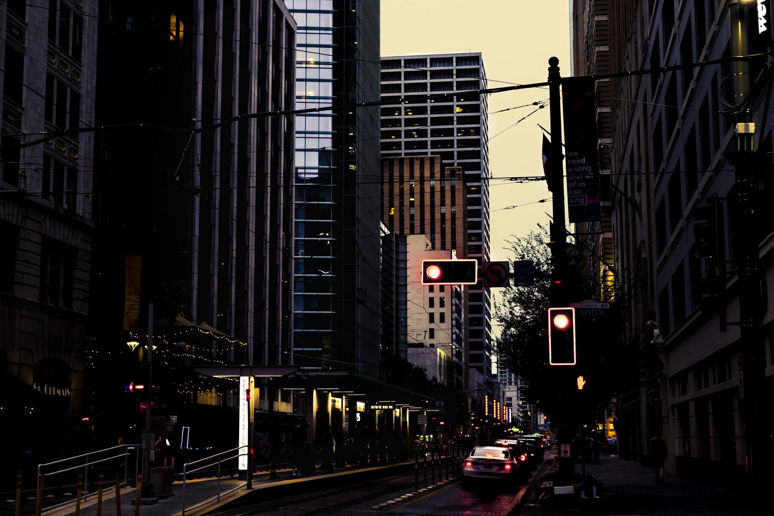 BMoye Streetlight.jpg