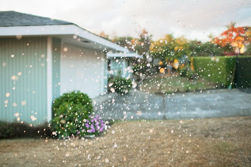AME ONNA. A female rain spirit