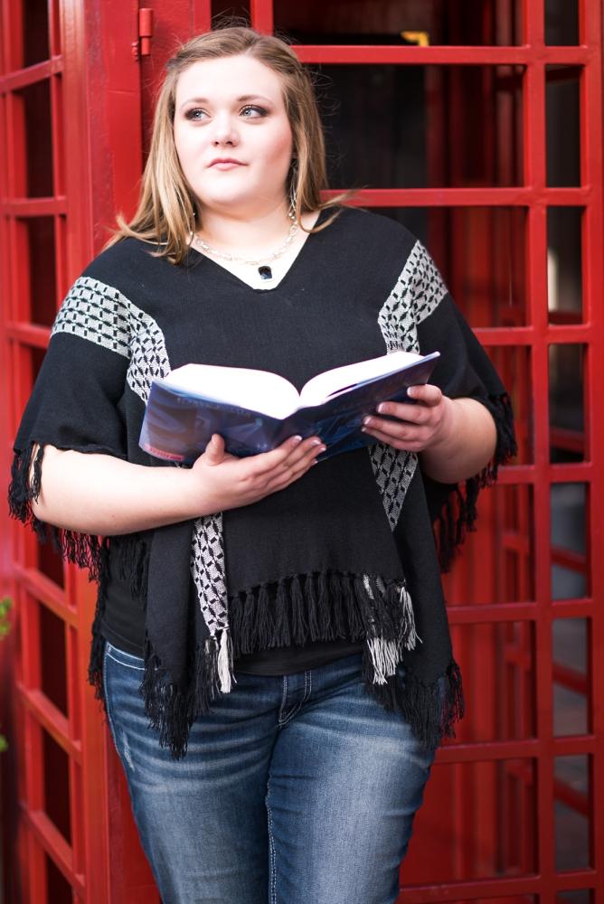 Creations by Jewel_Sugarland Texas_Senior Photos Jordan Image 3.jpg
