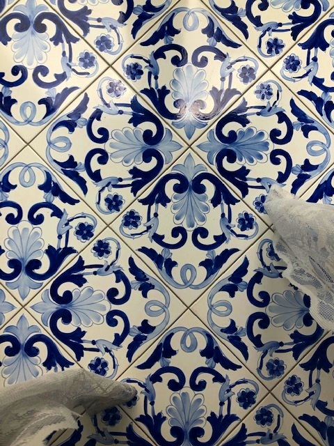 The Salerno Blue tiles that sold me on this B&B.