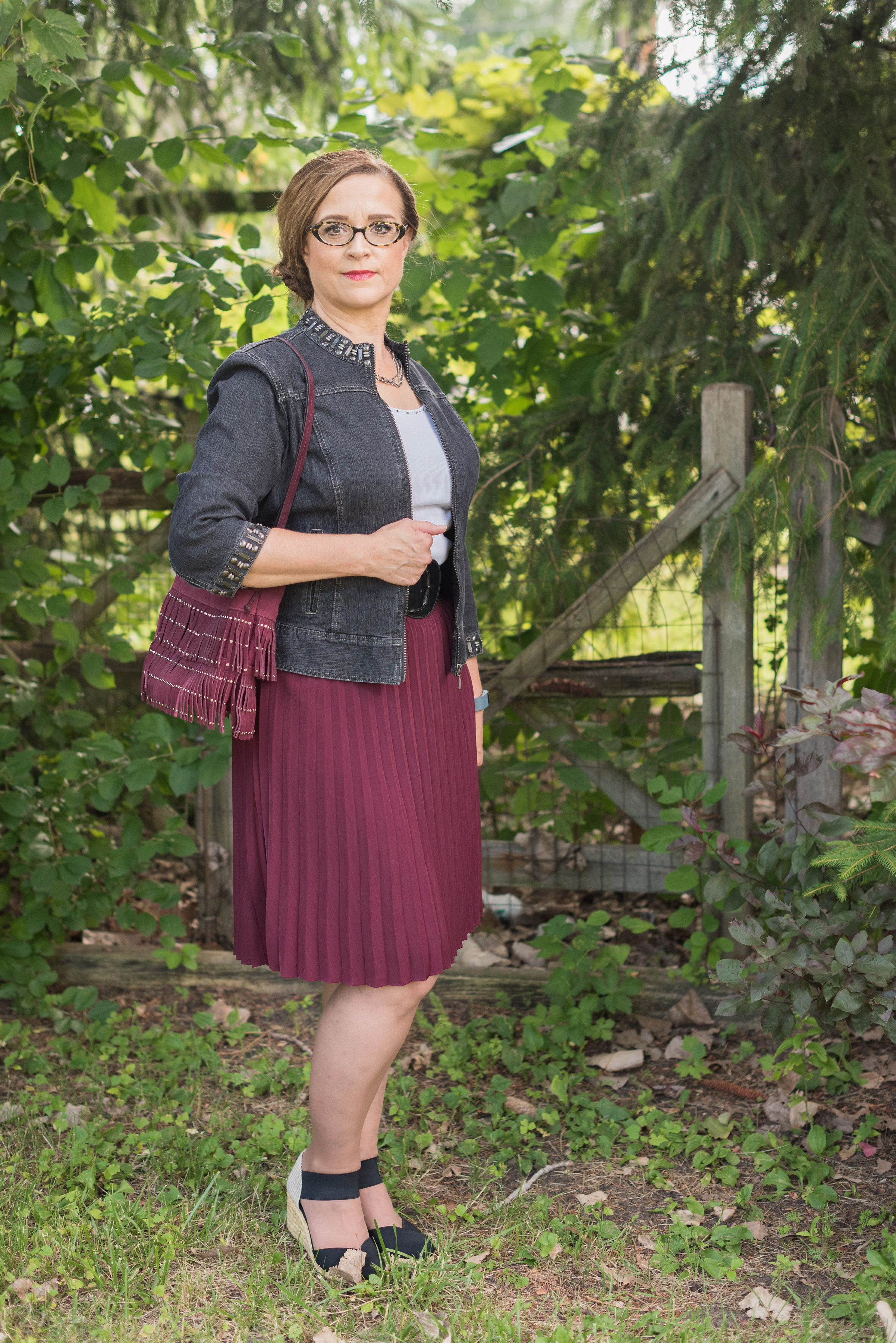 gray-maroon-outfit-6.jpg