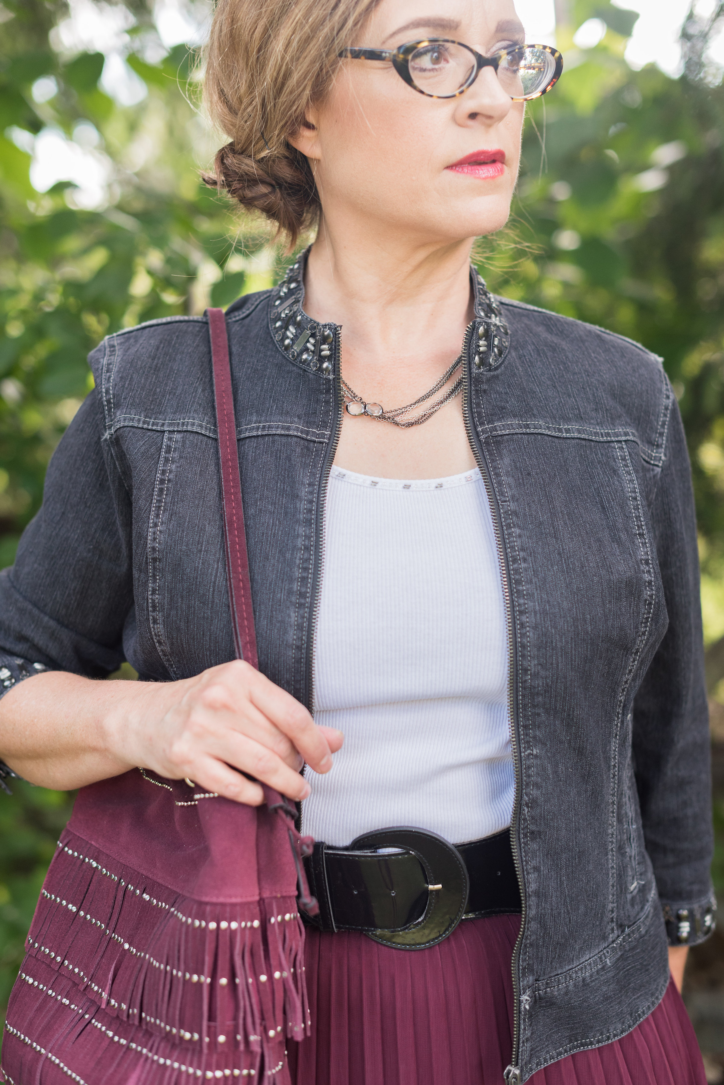gray-maroon-outfit-5.jpg