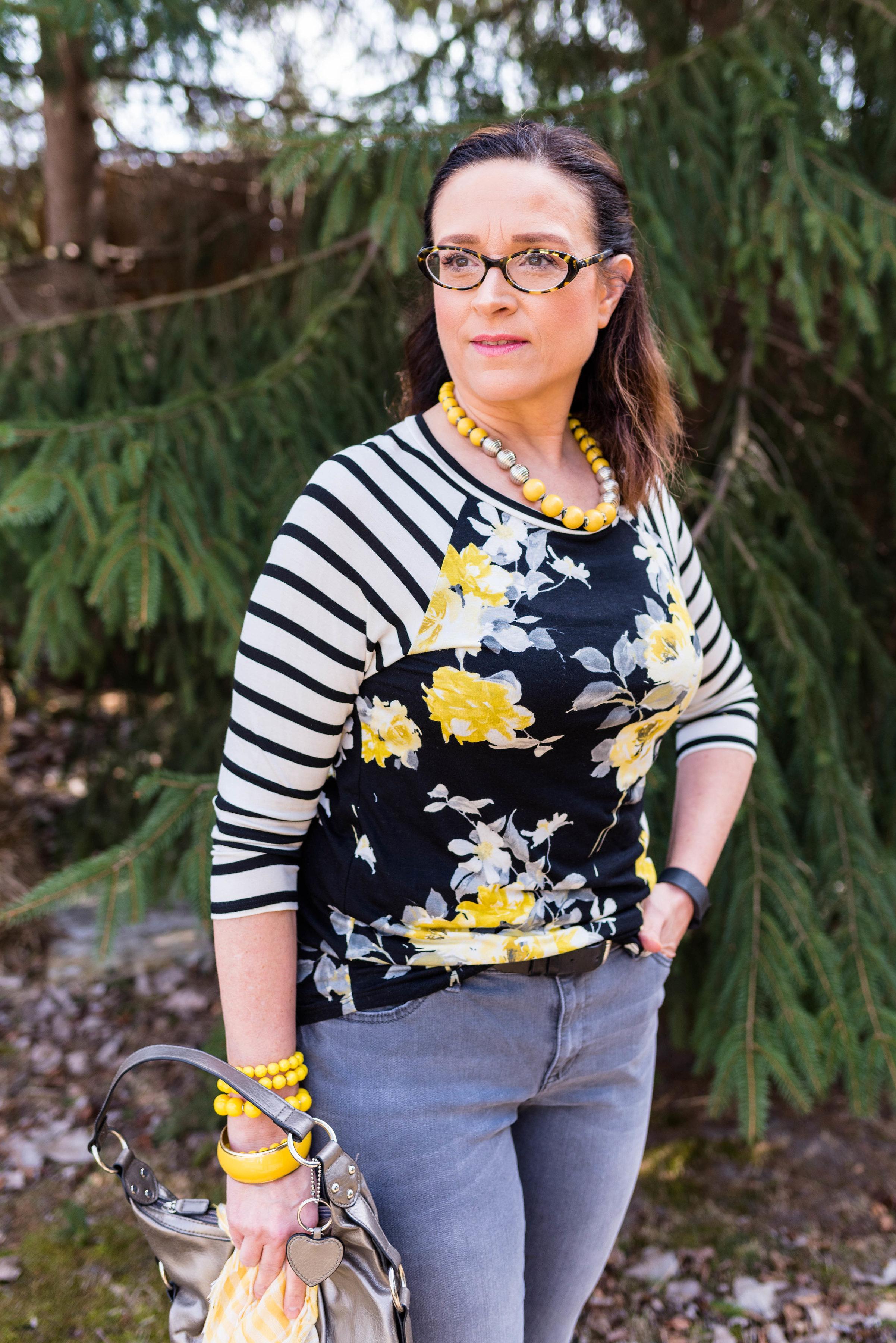Pantone Spring 2017 - Primrose Yellow