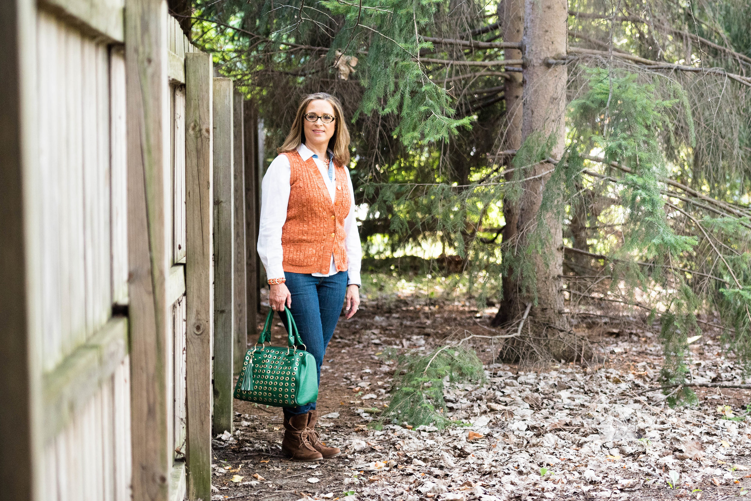 Beautiful blogger bests - fall sweater vest outfit