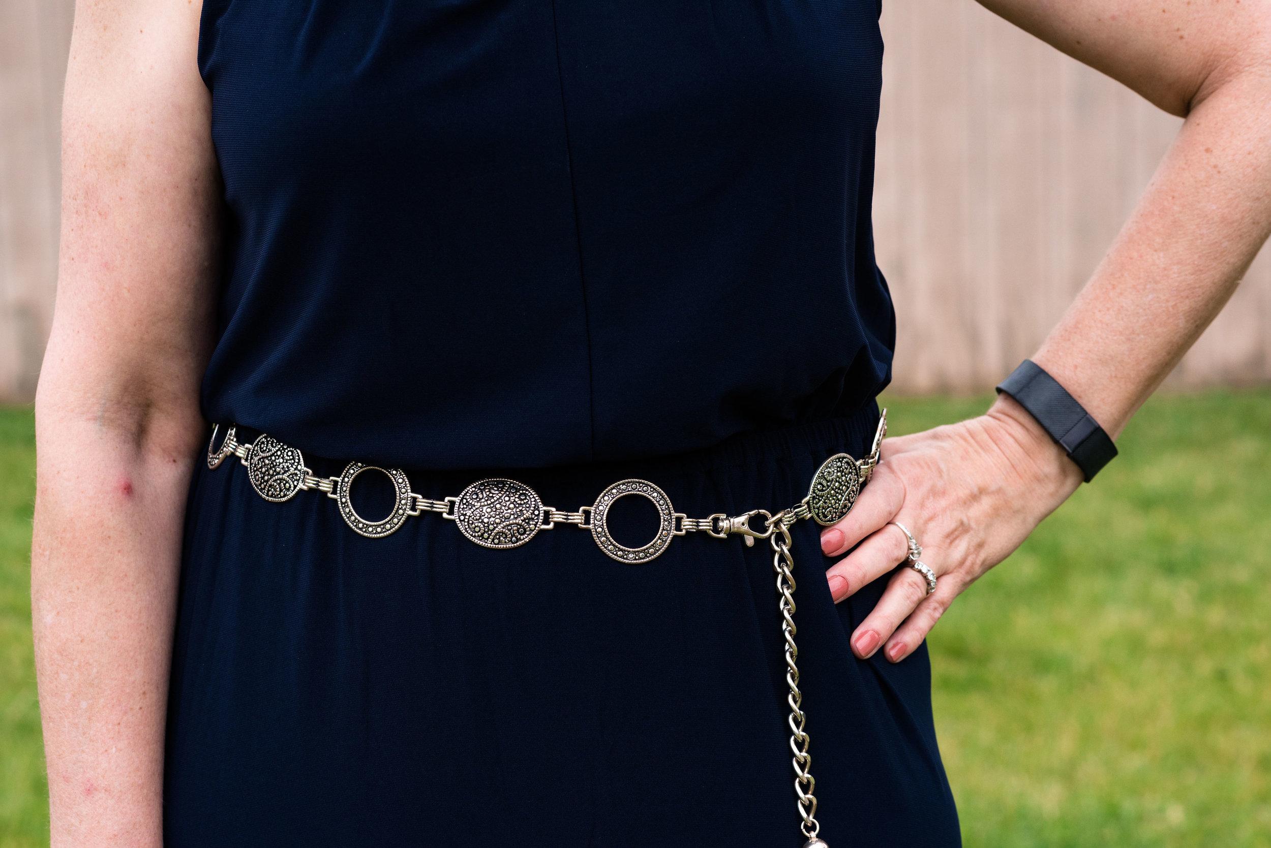 Marvelous Maxis - navy blue dress