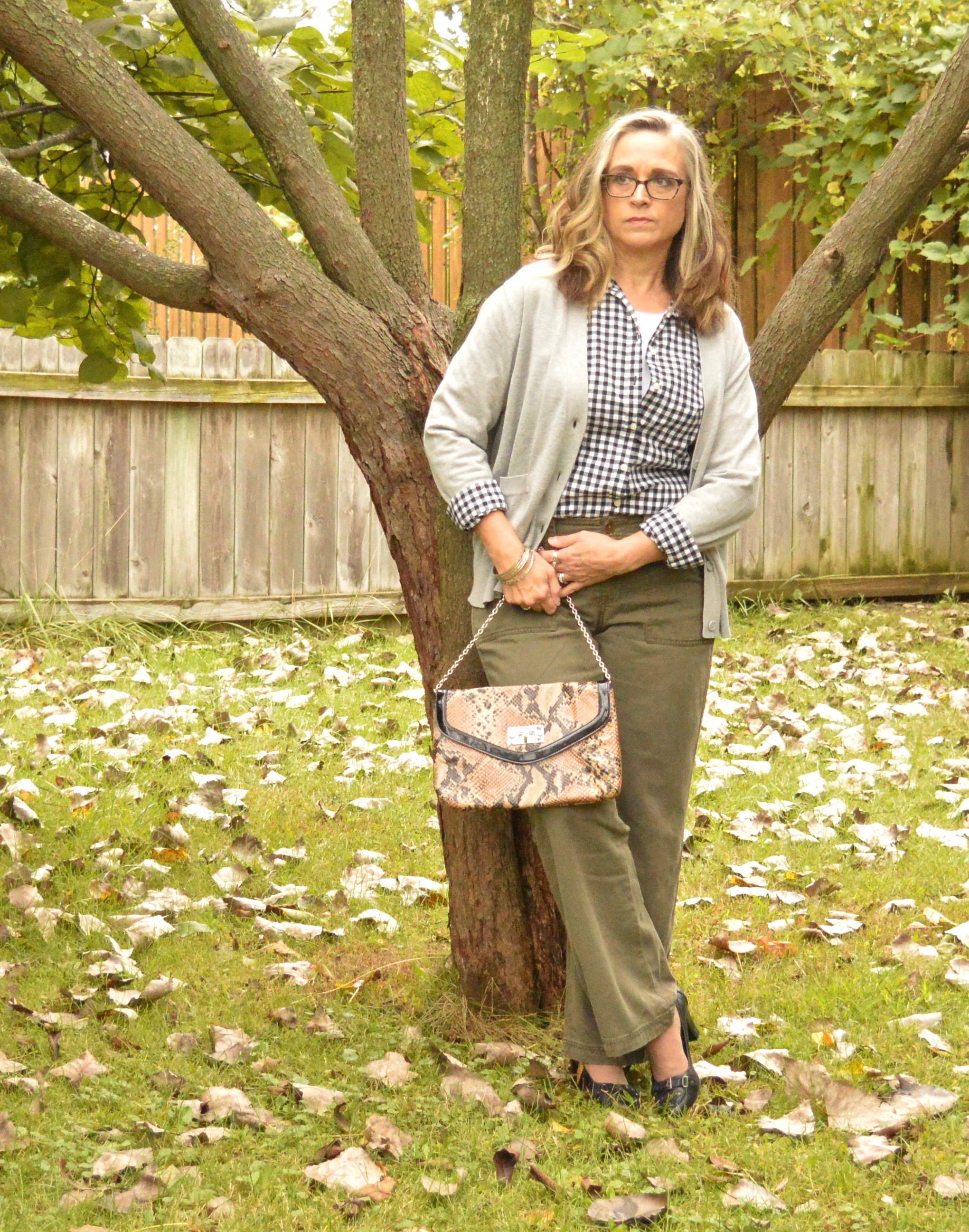 Outfit Inspiration - gingham and olive