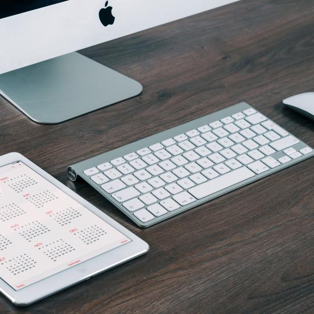 Desk Calendar (640x640).jpg
