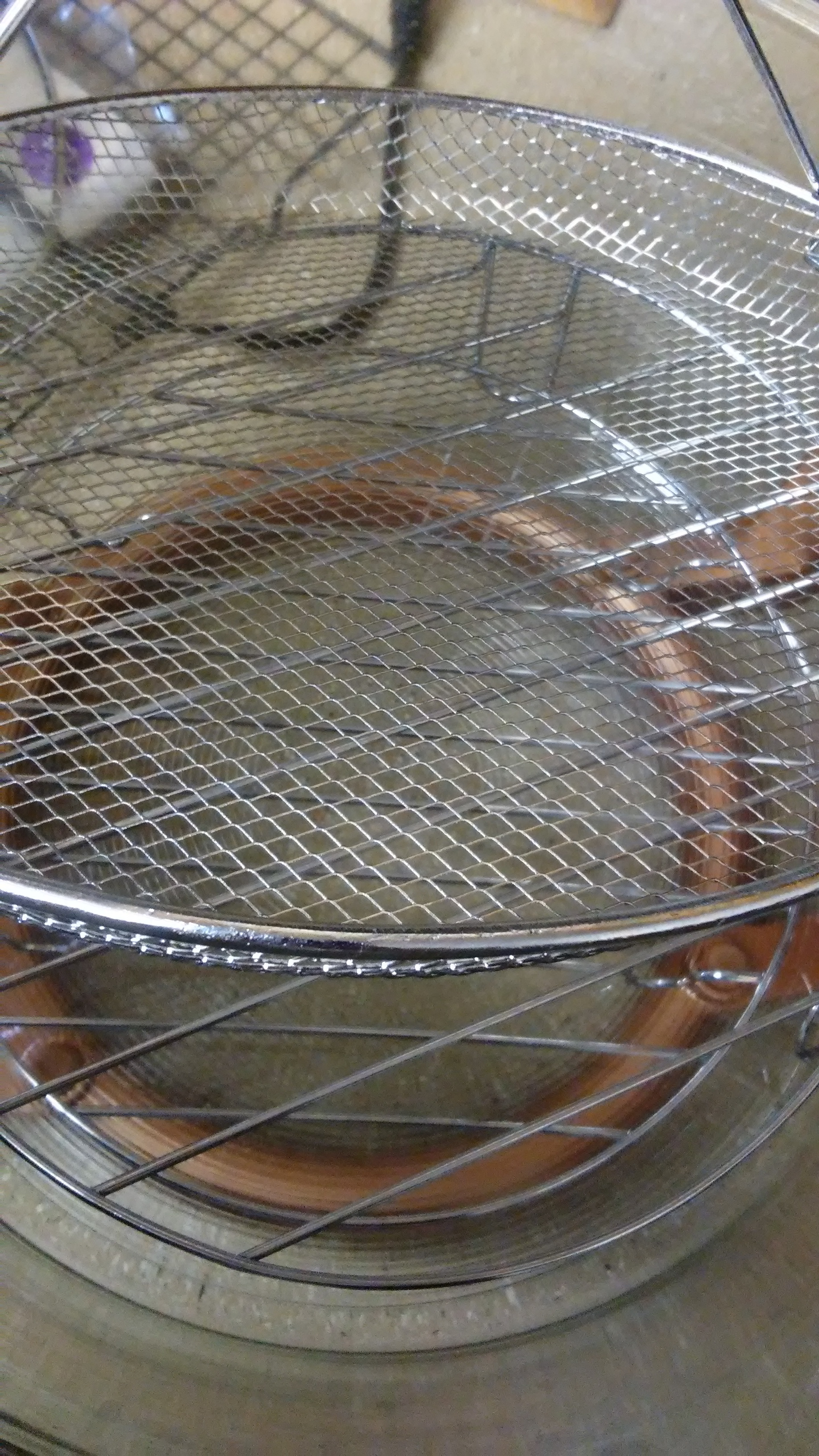 Short rack, tall rack, and wire basket.